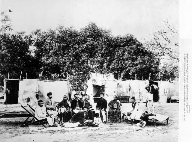Plague_epidemic,_Bombay,_1896-7_Wellcome_L0013980.jpg
