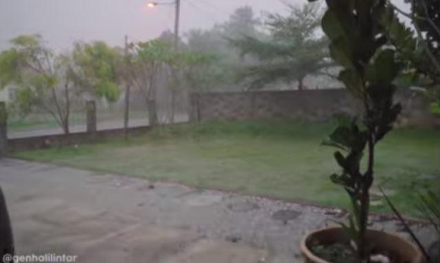 7 Potret Kondisi Rumah Karantina Gen Halilintar Yang Terendam Banjir Kumparan Com