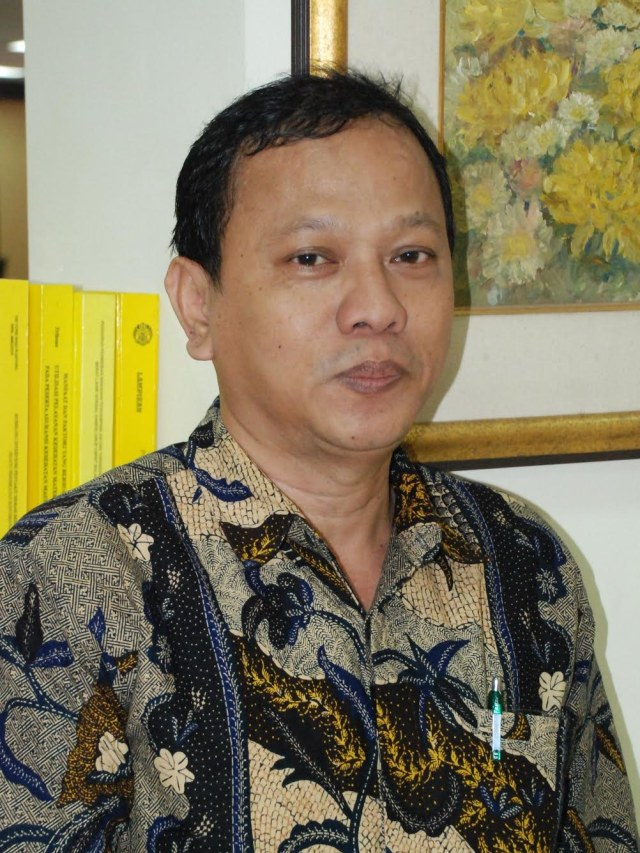Dr. dr. Tri Yunis Miko Wahyono
