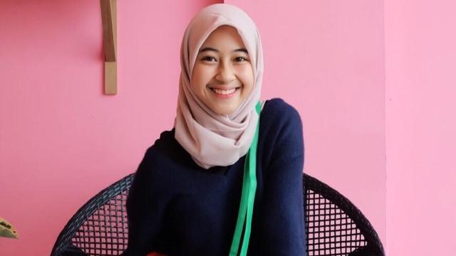 Profil Adiba Khanza, Putri Almarhum Uje yang Fokus Pendidikan Dibanding Karier (82757)