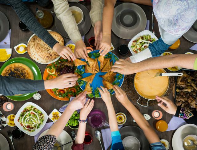 5 Tips Rencanakan Sahur dan Buka Menyenangkan Bersama Keluarga (282487)
