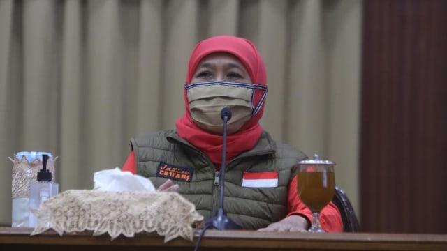 Khofifah Akui Warga Jatim Sempat Banyak yang Tak Pakai Masker dan Jaga Jarak (1094785)