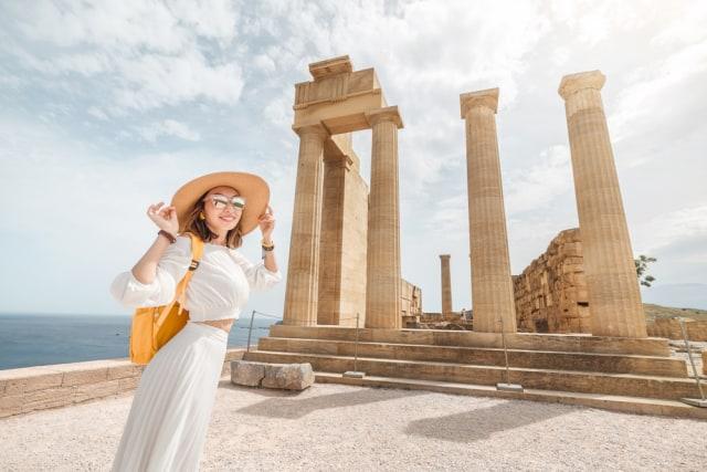 Kabar Baik! Kota Kuno Acropolis Semakin Ramah Bagi Penyandang Disabilitas (53023)