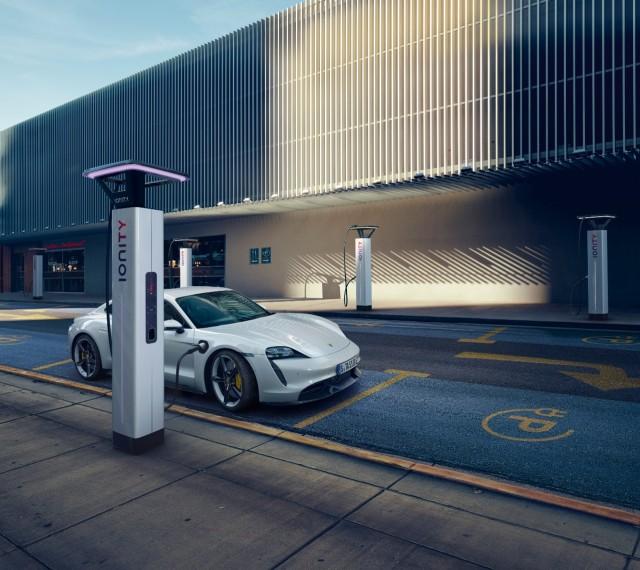 Tak Terpengaruh Corona, Setengah Lusin Mobil Baru Porsche Siap Gempur Tanah Air (69786)