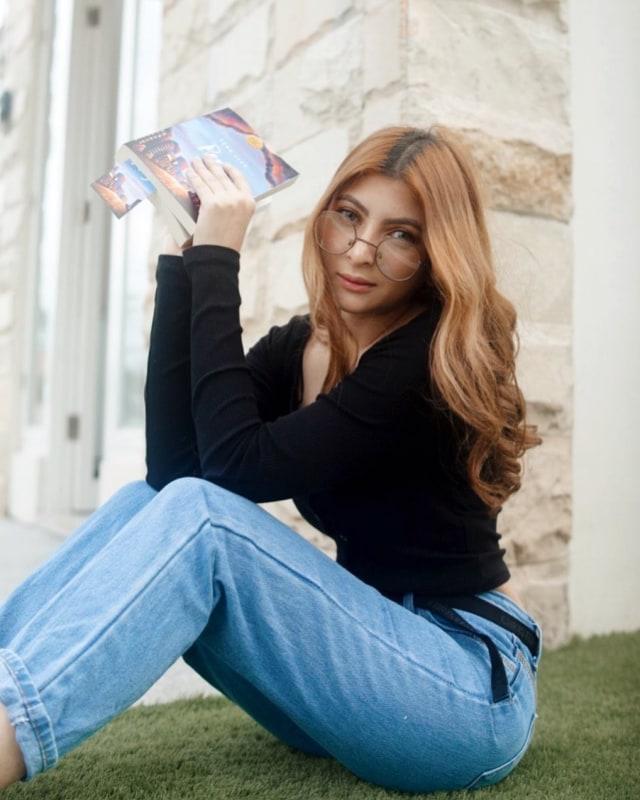 Selebgram Sarah Keihl Lelang Keperawanan untuk Donasi Corona, Start Rp 2 Miliar (714617)