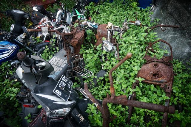 Kisah Mistis Kuburan Motor di Bekasi  (116570)