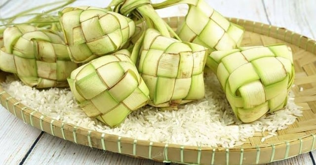 Cara Membuat Ketupat dengan Rice Cooker dan Tips Agar Tidak Cepat Basi (462834)