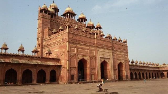 Tuah Ulama dan Pesona Gerbang Kemenangan di Masjid Fatehpur Sikri, India (5065)
