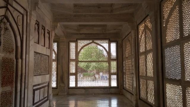 Tuah Ulama dan Pesona Gerbang Kemenangan di Masjid Fatehpur Sikri, India (5071)
