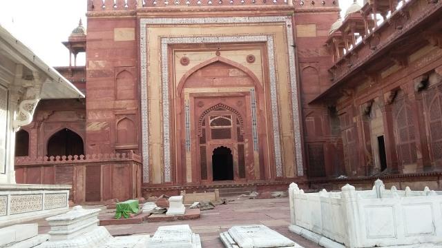 Tuah Ulama dan Pesona Gerbang Kemenangan di Masjid Fatehpur Sikri, India (5072)