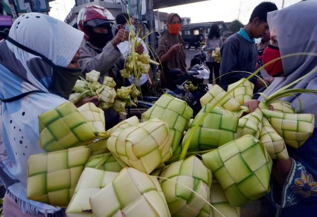 214 Pedagang Pasar Tradisional Positif COVID-19 (791556)