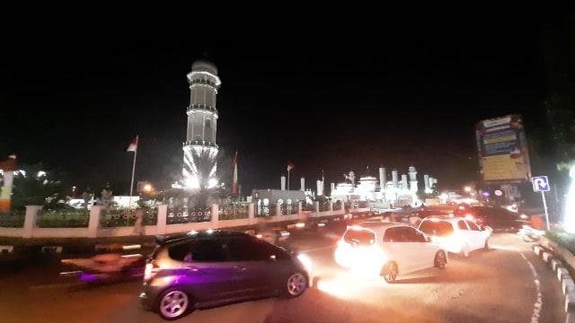 Jalanan di Banda Aceh Padat saat Malam Idul Fitri  (244247)