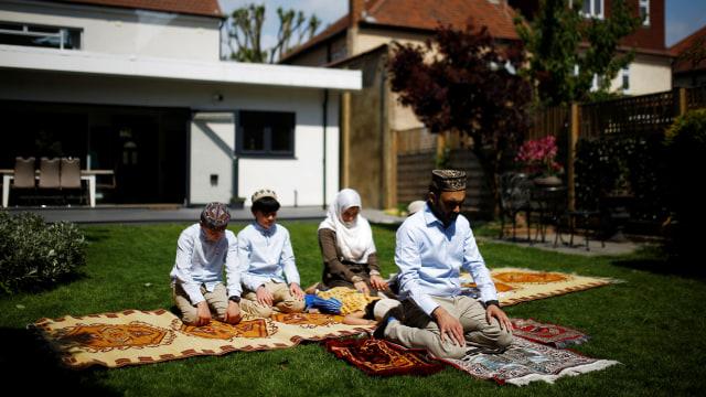 Panduan Salat Idul Fitri di Rumah Bersama Keluarga (1)