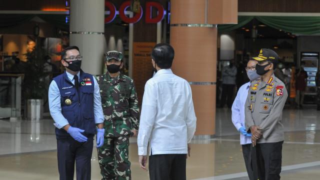 Kang Emil Lapor Jokowi: Ada Maskapai Asing Minati Kertajati untuk Servis Pesawat (91384)