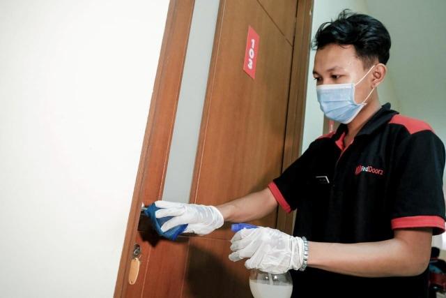 Sambut New Normal, Kemenparekraf Tingkatkan Kompetensi SDM untuk Room Attendant (231646)