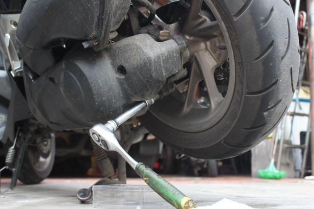Wajib Tahu, 7 Kebiasaan Salah Bikin Motor Matik Cepat Rusak (369969)