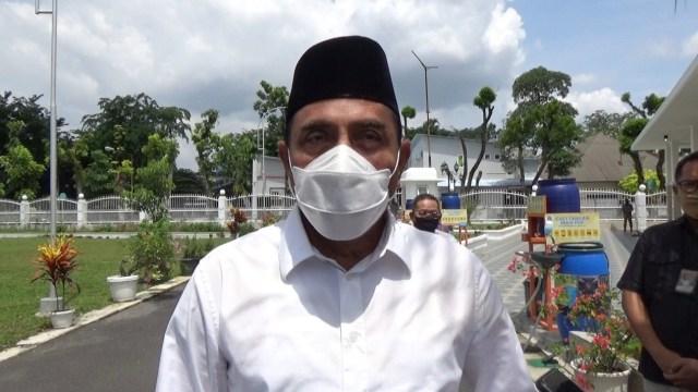 Edy Rahmayadi: Warga Sekitar Gunung Sinabung Patuhi Arahan, Erupsi Belum Selesai (6404)