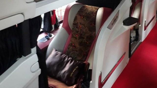 Viral! Bus Mewah dengan Desain Physical Distancing dan Punya Fasilitas bak Hotel (111457)
