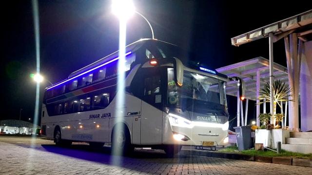 Viral! Bus Mewah dengan Desain Physical Distancing dan Punya Fasilitas bak Hotel (111459)