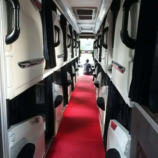 Viral! Bus Mewah dengan Desain Physical Distancing dan Punya Fasilitas bak Hotel (111454)