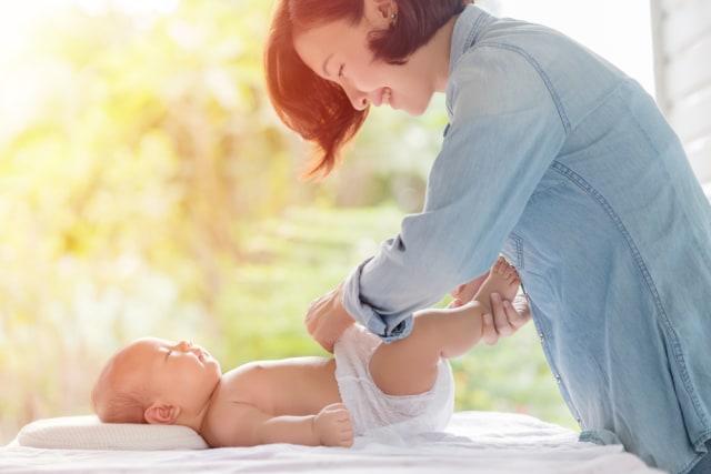 5 Tips Merawat Kulit Bayi agar Tetap Sehat (210431)