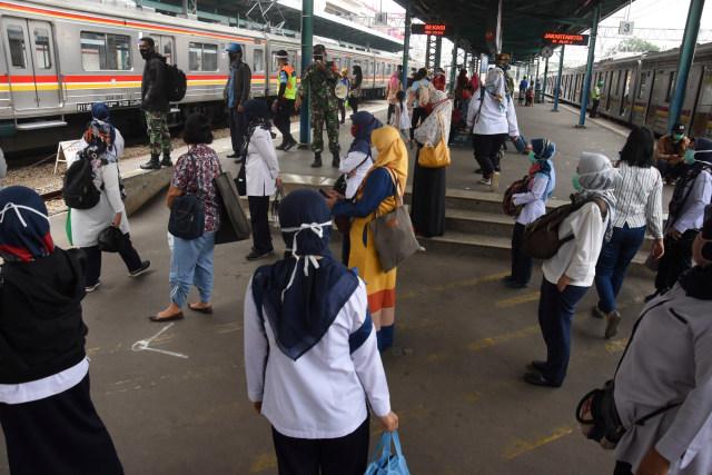 Angka Reproduksi Corona Rt Jakarta Naik Lagi di Atas 1: PSBB Lanjut? (24451)
