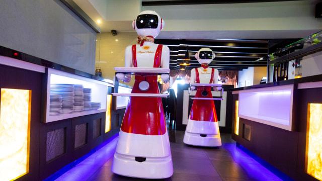 Robot pelayan restoran di Belanda