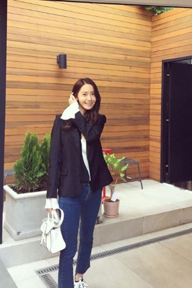 Yoona SNSD Ulang Tahun ke-30, Ini Potret Gayanya yang Kasual dan Stylish (308692)