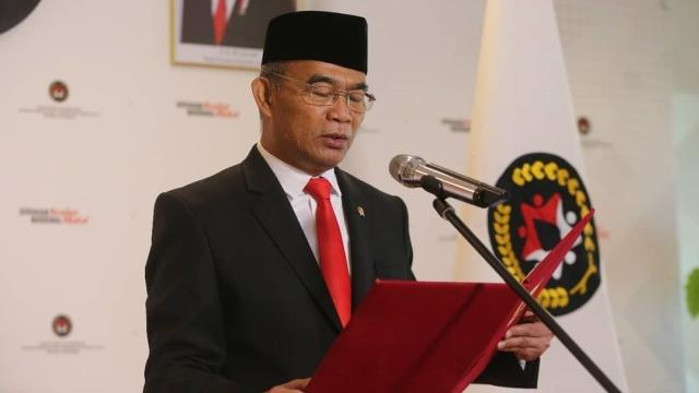 Hilmar Farid, Sosok di Balik Kontroversi Kamus Sejarah Indonesia Jilid 1 (21445)