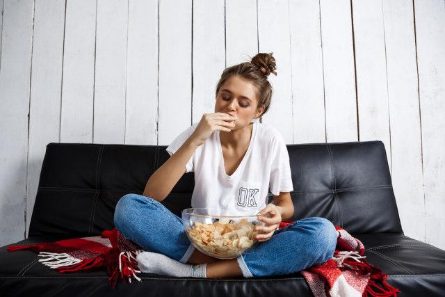 Kenali 6 Jenis Eating Disorder dan Gejalanya pada Perempuan (114816)