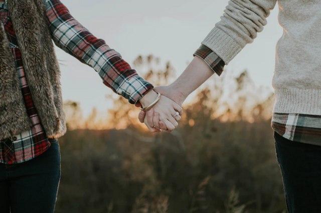 4 Mitos Dalam Hubungan Percintaan Yang Perlu Kamu Ketahui Kumparan Com
