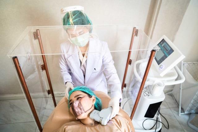 Cara Unik Klinik Kecantikan Thailand Buka Praktik di Tengah Pandemi Corona (123395)