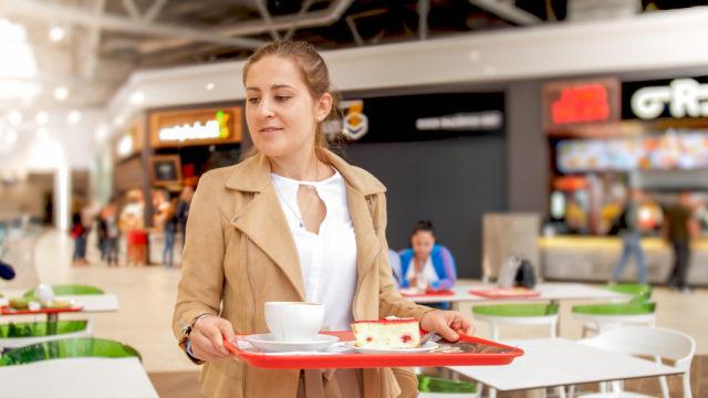 Ilustrasi food court