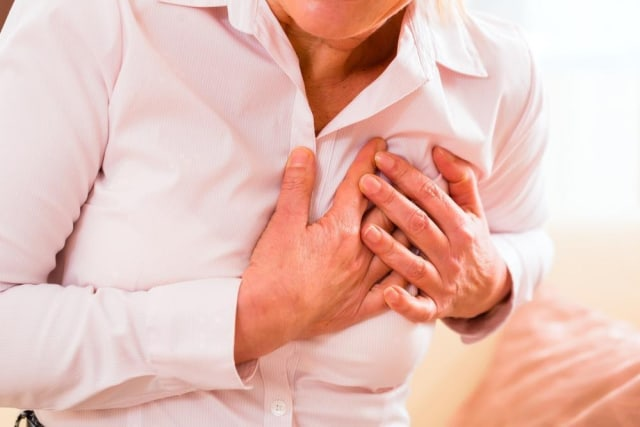 4 Manfaat Minum Jus Buah Apel, Cegah Dehidrasi hingga Penyakit Jantung (38236)