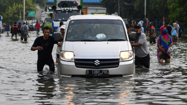 38 Warga Mengungsi Akibat Banjir di Jakarta (69300)