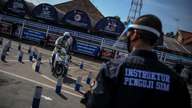 Kapolrestabes Bandung soal 4 Anggotanya Positif Corona: Pelayanan Tetap Jalan (73243)