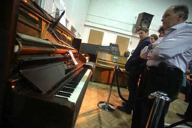 Tutup Sejak Maret, Abbey Road Studios Kini Kembali Beroperasi (179551)