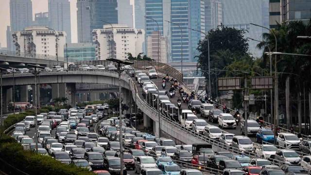 Polling: Anda Setuju atau Tidak Jakarta Kembali PSBB Ketat? (34120)