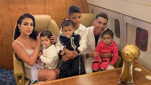 Potret Cristiano Ronaldo Jadi Aladdin saat Rayakan Ulang Tahun Anak Kembarnya (15401)