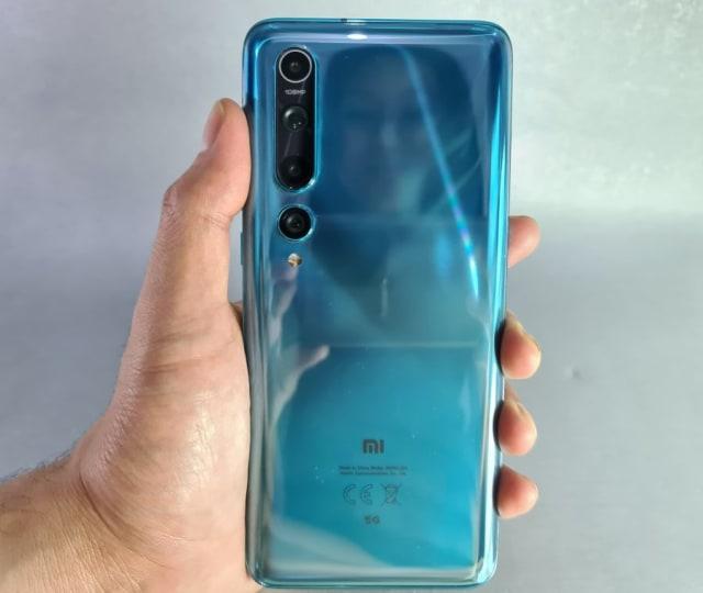 Review Xiaomi Mi 10: Desain Mewah, Kamera Banyak, Sesuai Fungsi (720899)