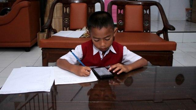 Komisi X: Sekolah yang Dibuka Ada di Zona Hijau Tak Jaminan Aman Corona (280236)