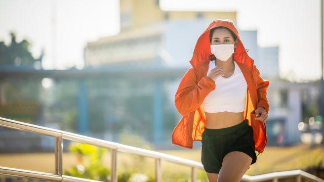 4 Kebiasaan Sederhana di Pagi Hari yang Bisa Bikin Wajah Awet Muda (370279)