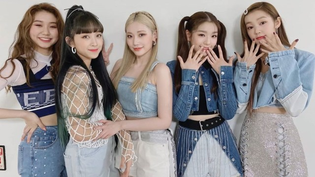 Neon hingga Denim, Begini Kostum Panggung Edgy Idola K-Pop Secret Number -  kumparan.com