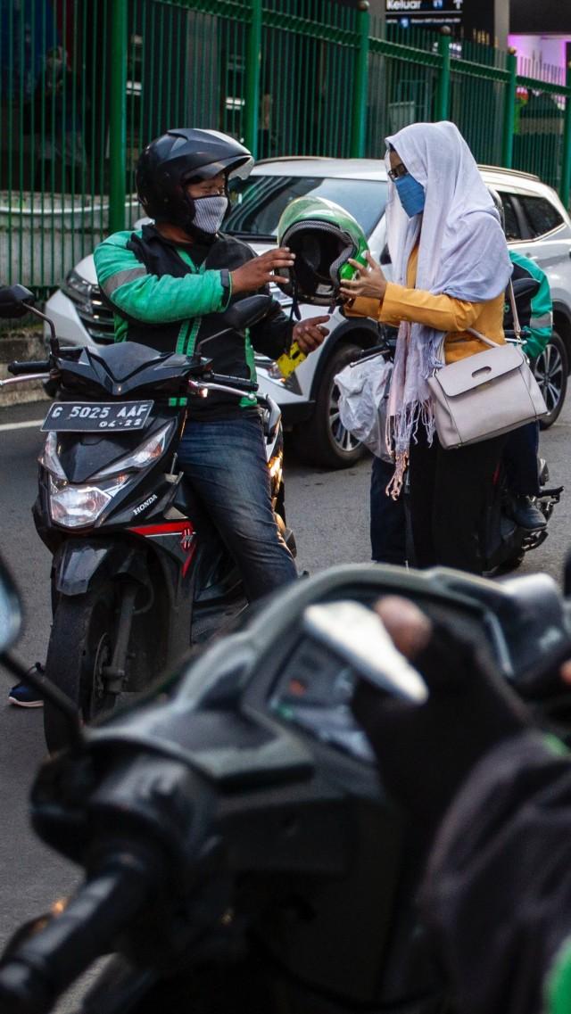Solusi Bawa Helm Sendiri Tanpa Ditenteng saat New Normal (893)