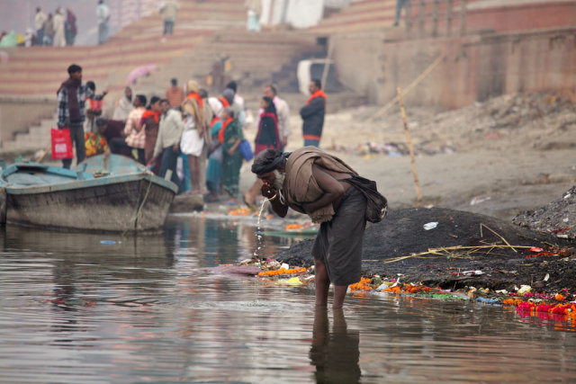5 Tradisi Mengerikan di India, Membunuh Lansia hingga Makan Jenazah (745987)