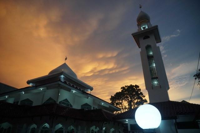 7 Masjid dengan Arsitektur Unik di Indonesia, Ada yang Mirip Benteng Kremlin (131063)