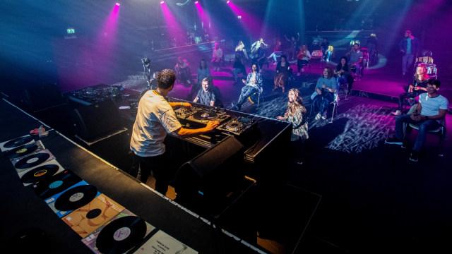 Berlin Buka Kembali Klub Malam untuk Warga yang Sudah Divaksin COVID-19 (264713)