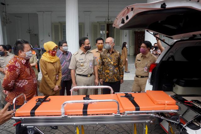 4 Unit Toyota Kijang Innova Ambulans buat Pemprov DKI Jakarta Lawan COVID-19 (267200)