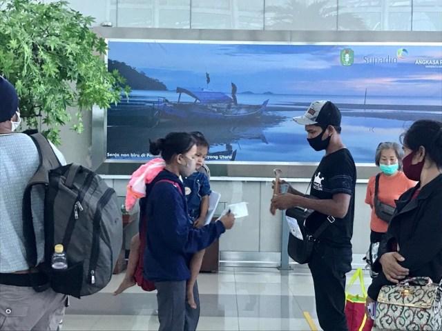 Foto: Suasana Bandara Supadio Pontianak Setelah Penerbangan Dibuka Kembali (86703)