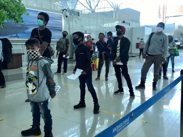 Foto: Suasana Bandara Supadio Pontianak Setelah Penerbangan Dibuka Kembali (86706)